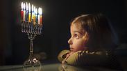 הלכות חנוכה - כל הדינים והמנהגים לחג