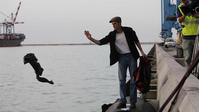 אלעד קידן בנמל חיפה (צילום: אברהם אסקף) (צילום: אברהם אסקף)