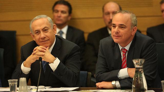 מכה לעמדה של ראש הממשלה נתניהו ושר האנרגיה שטייניץ (צילום: דוברות הכנסת) (צילום: דוברות הכנסת)