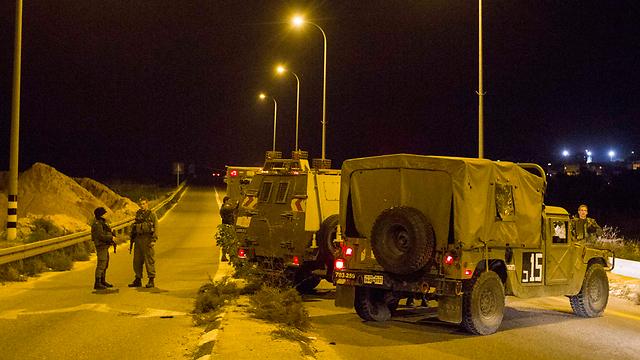 אזור הפיגוע, הערב (צילום: עידו ארז) (צילום: עידו ארז)