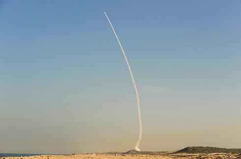 """שיגור של ה""""חץ"""", מוקדם יותר החודש (צילום: אבי רוקח) (צילום: אבי רוקח)"""