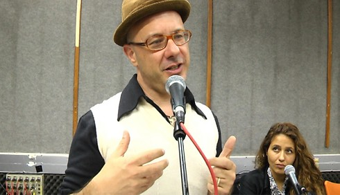מלמד דור חדש של ישראלים. אוז (צילום: ליאור פז ) (צילום: ליאור פז )