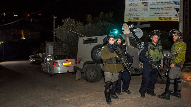 IDF forces at the scene of the attack (Photo: Ido Erez)