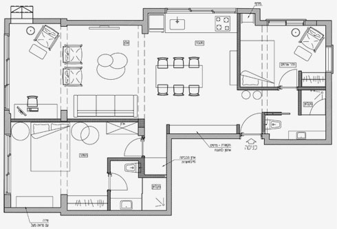 למעלה: לפני השיפוץ - דירת 3 חדרים ישנה ומוזנחת. אחרי: שני חדרי שינה-מאסטר וחלל ציבורי גדול