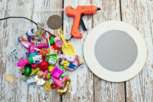 אוספים את הצעצועים  (צילום: בועז לביא)