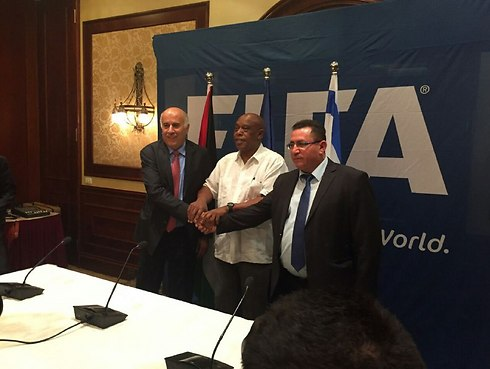Israel's football chief Eini (R) may not know what he's doing, Rajoub (L) said (Photo: Israel Football Association)