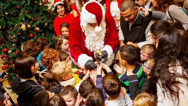 Jerusalem YMCA's Christmas market last year (Photo: Eyal Weiss)