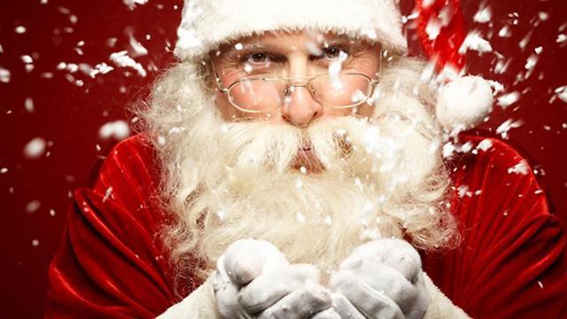 """""""לא הוא שם לכם מתנות"""". סנטה קלאוס, אם תרצו (צילום: shutterstock) (צילום: shutterstock)"""