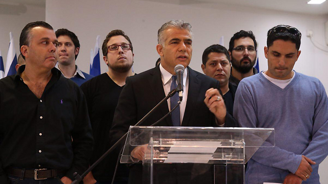 Yair Lapid in press conference against Breaking the Silence. Decided that he's had enough (Photo: Motti Kimchi)