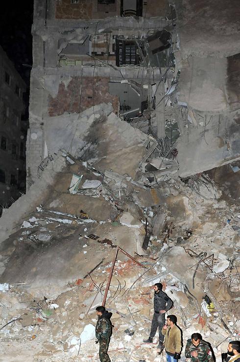 הבניין ההרוס שהותקף בדמשק (צילום: AFP) (צילום: AFP)