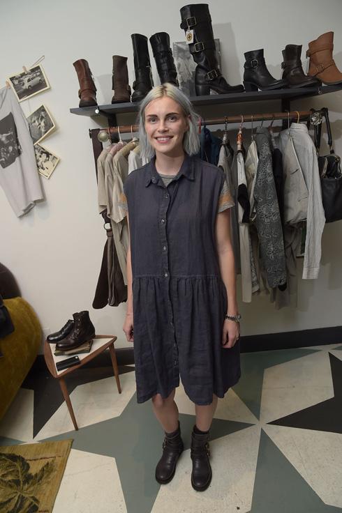פיבי דאל. מעצבת בגדים במראה נינוח, במחירים של 200 דולר לשמלת פשתן ו-120 דולר לצעיף כותנה (צילום: gettyimages)