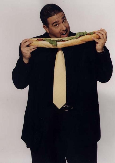בתפקיד טנצר. לא אכל את הסנדוויצ'ים בצילומים (ארכיון) (ארכיון)