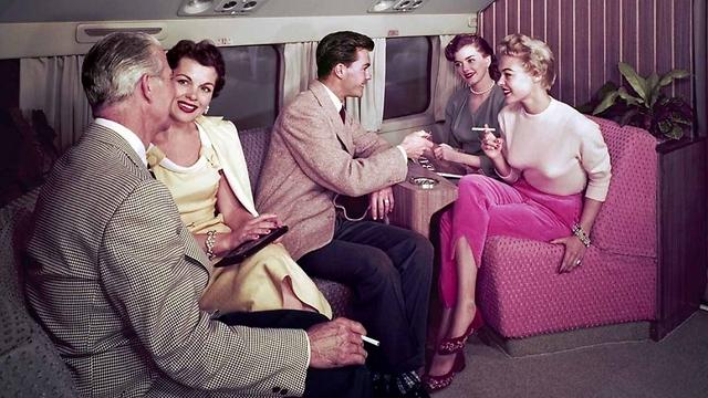 סיגריות במטוס היה עניין שבשגרה ()