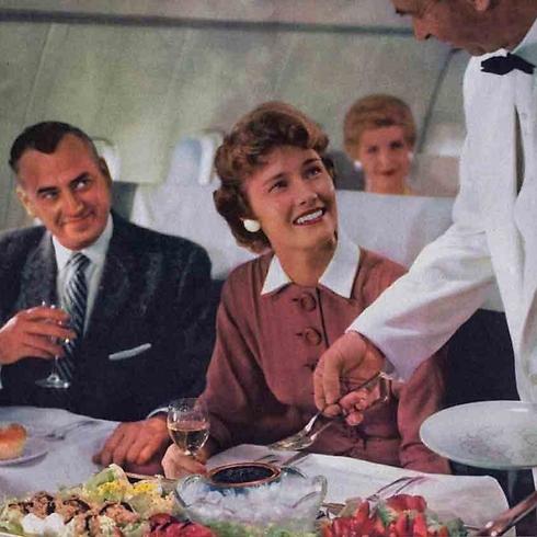 שכחו ממנות קטנות: בעבר הארוחות במטוס היו משביעות ומפוארות ()
