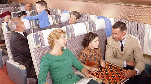 לפני תקופת הסמארטפונים והגאדג'טים: מעבירים טיסה במשחקי חשיבה ()
