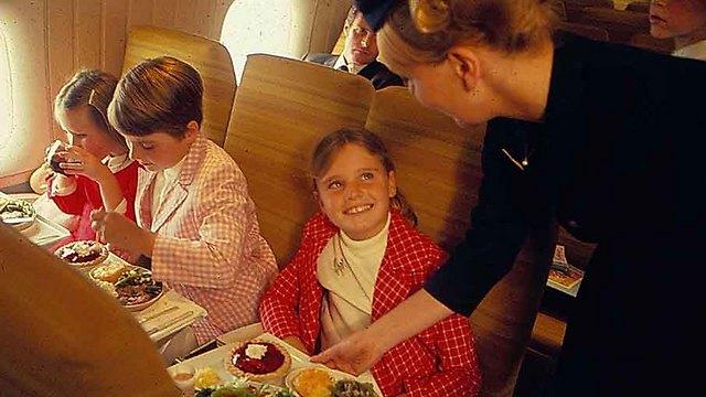 לפני מעל 20 שנה: טיסות היוו חגיגה אווירית ()