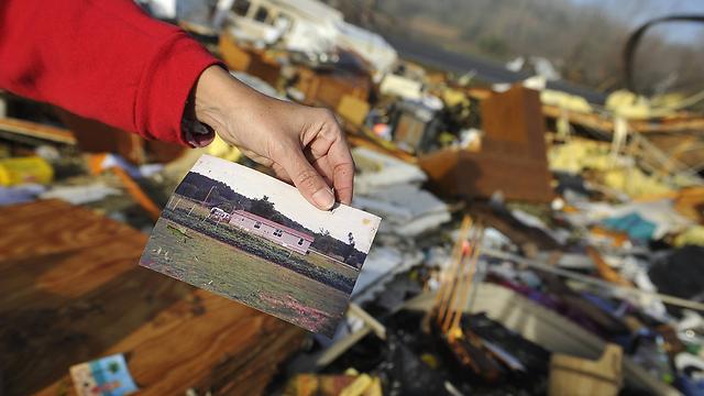 תמונה של בית שנהרס בטנסי (צילום: AP) (צילום: AP)