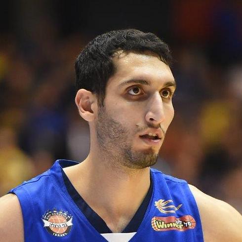 משעור. הערבי הראשון בנבחרת ישראל (צילום: יאיר שגיא) (צילום: יאיר שגיא)