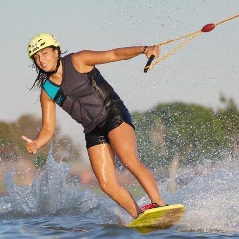 אורי בוז'ו. מבלה בים בכל יום, אלא אם כן יורד גשם (צילום: התאחדות אילת לענפי הספורט התחרותיים הלא אולימפיים) (צילום: התאחדות אילת לענפי הספורט התחרותיים הלא אולימפיים)