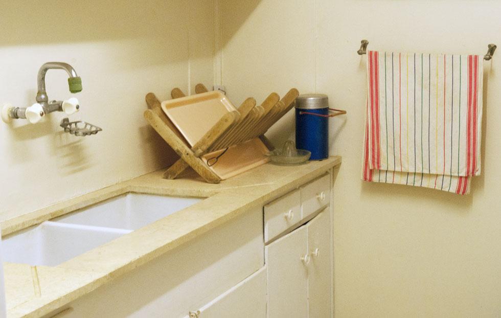 המטבח של פולה ודוד בן גוריון. ''במשכרות שלו אני לא יכולה לקחת לי עוזרות קבועות'', התלוננה פולה (צילום: בן לם)