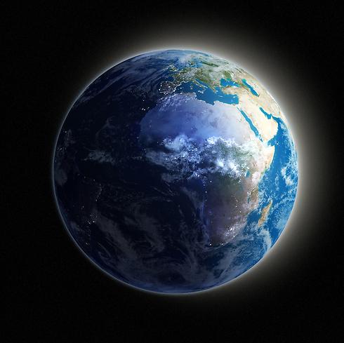7.433 מיליארד. ממשיכים לגדול (צילום: shutterstock)