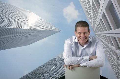 """המנהל הכי טוב בישראל לשנת 2015, מנכ""""ל קבוצת עזריאלי, יובל ברונשטיין (צילום: עמית שעל) (צילום: עמית שעל)"""