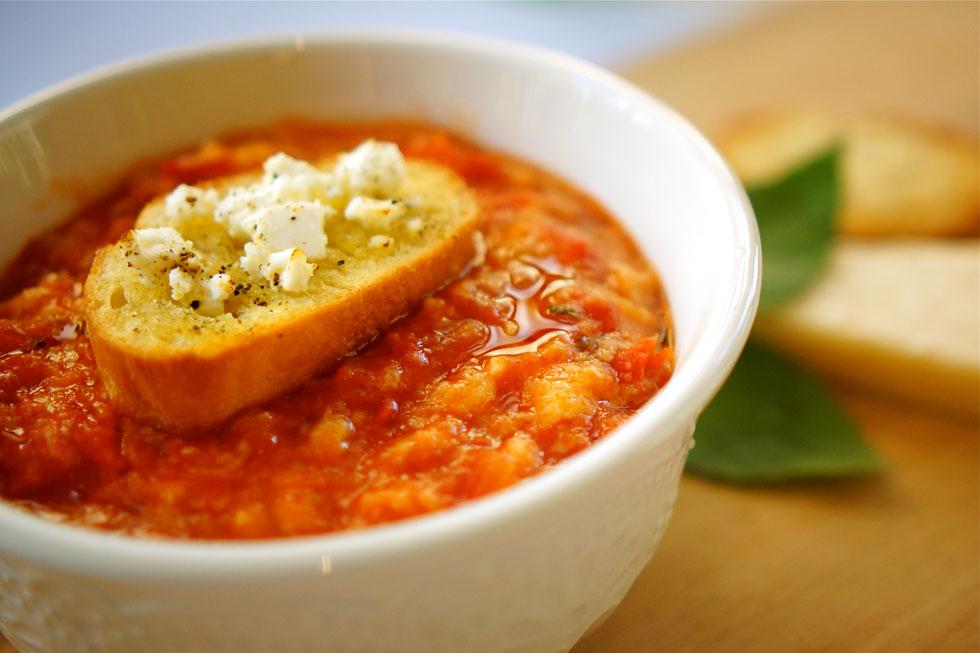 פאפא אל פומודורו - מרק עגבניות איטלקי (צילום: מירב גביש)