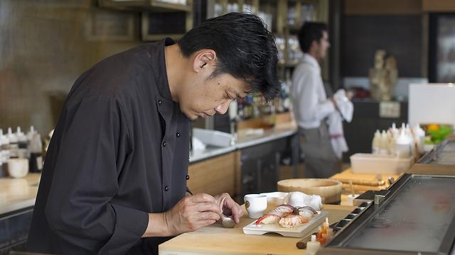 השף מסאקי סוגיסאקי (צילום: אנטולי מיכאלו) (צילום: אנטולי מיכאלו)