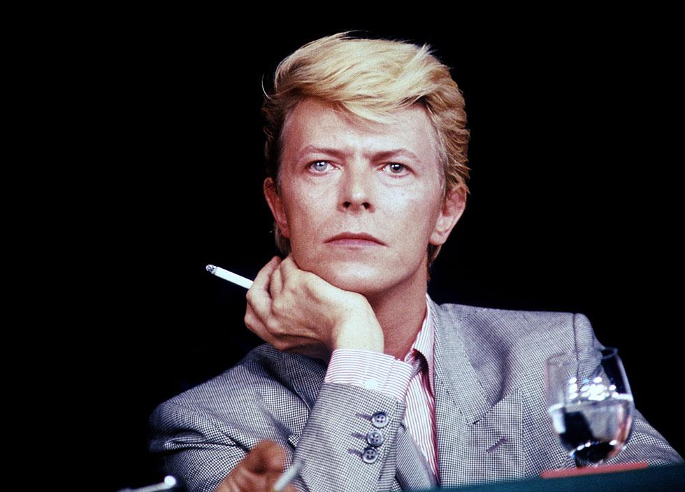 הגיבור הכי גדול שעולמות המוזיקה, האופנה והתרבות יכולים היו לבקש. דיוויד בואי, 1983 (צילום: rex/asap creative)