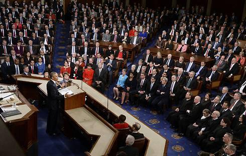 אובמה לא הצליח ליצור יחסי עבודה טובים עם הקונגרס, גם כאשר שני בתיו, הסנאט ובית הנבחרים, היו בשליטת מלאה של הדמוקרטים (צילום: MCT)