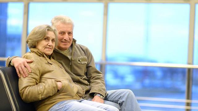 """אפילו יציאה משמחת לטיול בחו""""ל מעלה את הלחץ אצל מבוגרים (צילום: shutterstock) (צילום: shutterstock)"""