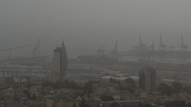 Haifa on Monday morning (Photo: Mont Galpaz)