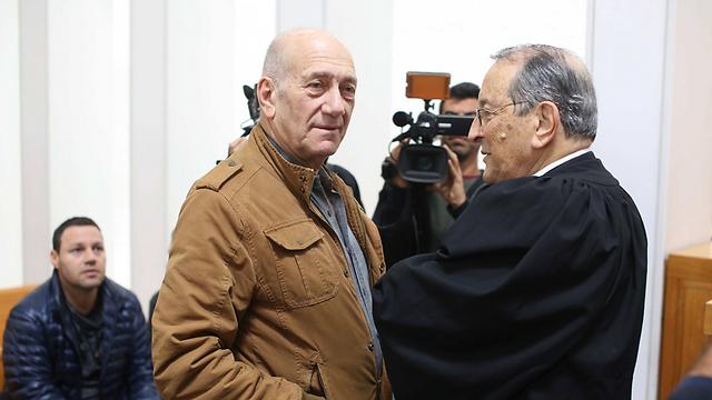"""אהוד אולמרט בבית המשפט, הבוקר (צילום: עמית שאבי, """"ידיעות אחרונות"""") (צילום: עמית שאבי,"""