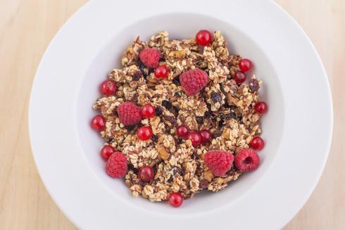 גם מזון בריא מתפרק לרכיבים שמייצרים שומן. הקשיבו לגוף ()