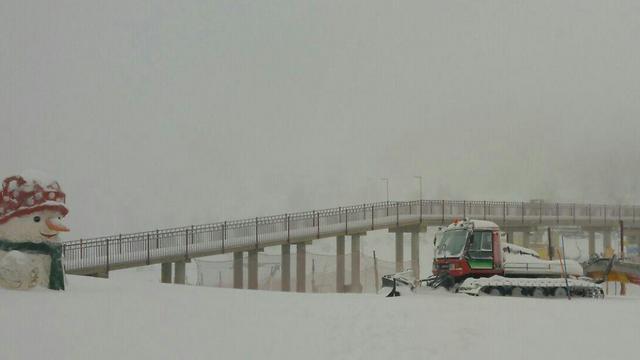 Hermon ski site, Monday morning