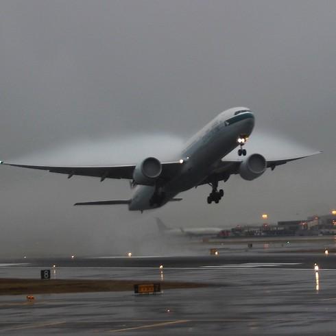 ממריאים. בואינג 777 (צילום: תומר צדוק) (צילום: תומר צדוק)