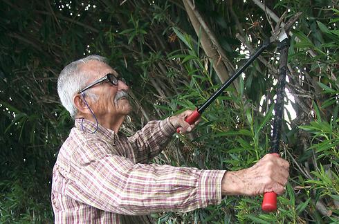 """בשירות הטבע וזכויות האדם. דב ירמיה (צילום: גיל נחושתן, """"ידיעות אחרונות"""") (צילום: גיל נחושתן,"""