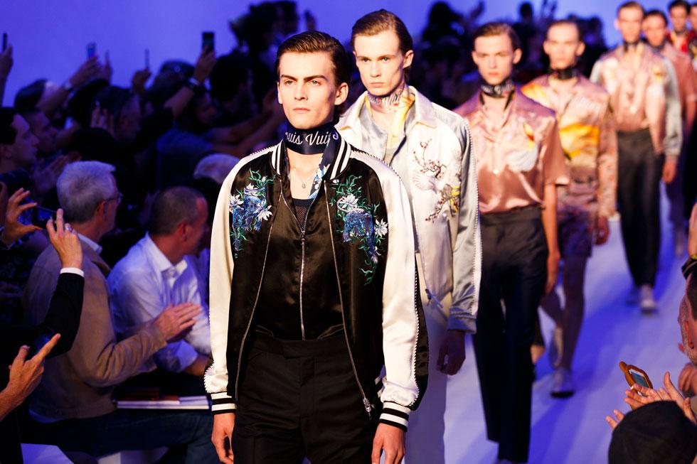 סמל של מלחמה או שלום? על המסלול של לואי ויטון בשבוע האופנה לגברים (צילום: gettyimages)
