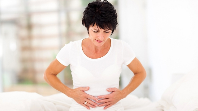 כעס משפיע על תפקוד מערכת העיכול. כאבי בטן (צילום: shutterstock) (צילום: shutterstock)