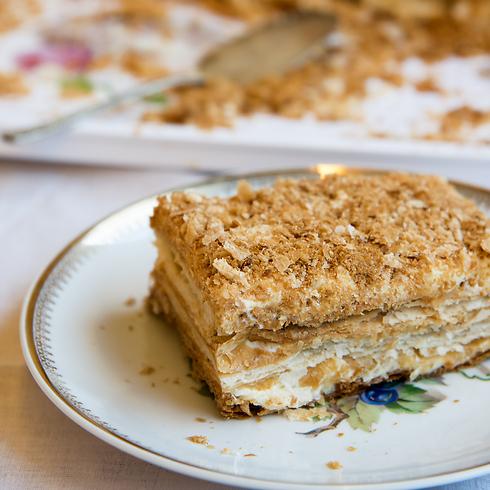חלק בלתי נפרד מהתפריט בערב החגיגי. עוגת נפוליאון (צילום: קירה קלצקי) (צילום: קירה קלצקי)