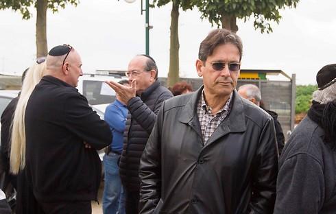 החברים הגיעו לחלוק כבוד אחרון. ערד ניר (צילום: עידו ארז ) (צילום: עידו ארז )