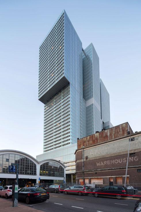 הדמיון בולט לגוש המגדלים De Rotterdam שנחנך לפני כשנתיים ברוטרדם, בתכנון האדריכל ההולנדי רם קולהאס (צילום: Ossip van Duivenbode)