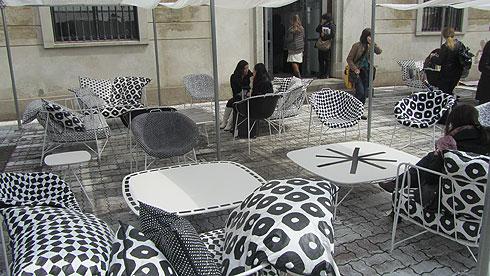 מתחם פופ אפ לחנות הקונספט הפריזאית ''מרסי'', בשיתוף עם פאולה נבונה. מילאנו שנה שעברה (צילום: גיל רויטר)