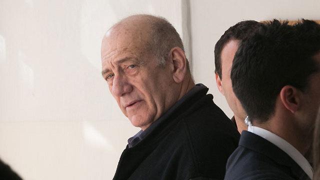 אהוד אולמרט בשבוע שעבר בבית המשפט בירושלים (צילום: אוהד צויגנברג) (צילום: אוהד צויגנברג)