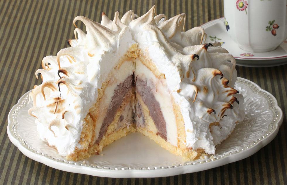 העצלנים יכולים לוותר על שכבות העוגה. אלסקה אפויה (צילום: אסנת לסטר)