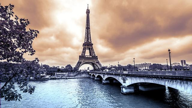 פריז. המיסוי הוסדר (צילום: shutterstock)