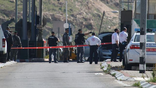 The Mazmoriya checkpoint near Jerusalem (Photo: Hillel Meir, TPS)
