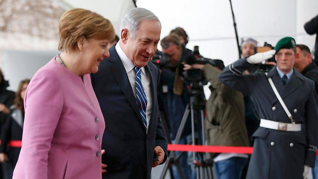 Merkel and Netanyahu in Berlin (Photo: Reuters)