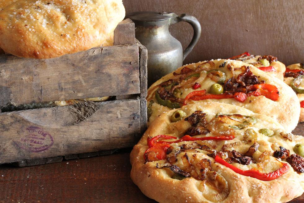 פוקצ'ה עם ירקות (צילום: אסנת לסטר)