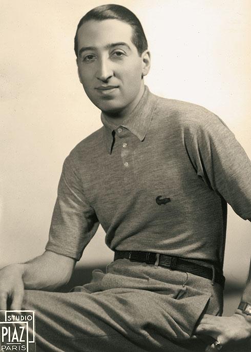 סירב לתת לחולצות הנוקשות וארוכות השרוולים להגביל את חופש התנועה שלו. רנה לקוסט והחולצה, 1938